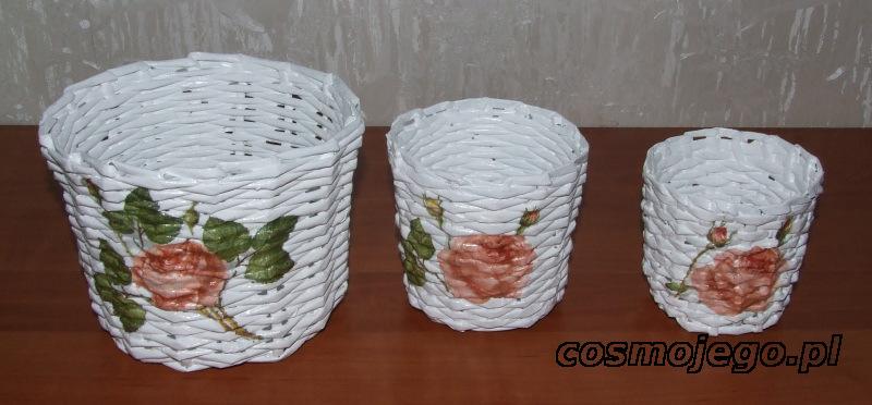 Osłonki z wikliny papierowej pomalowane farbą akrykową i ozdobione techniką decoupage